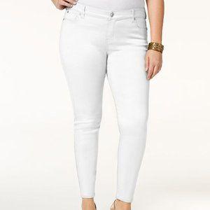 Celebrity Pink Jayden Skinny Mid Rise White Jeans